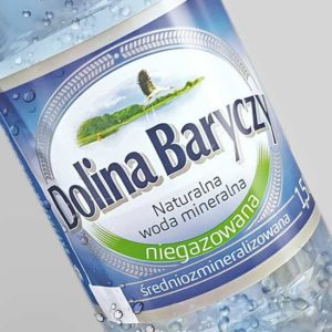 etykieta na wodę mineralną